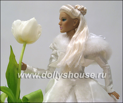 Кукла Tonner Snow Queen