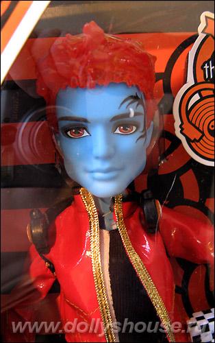 Купить куклу Monster High Holt Hyde