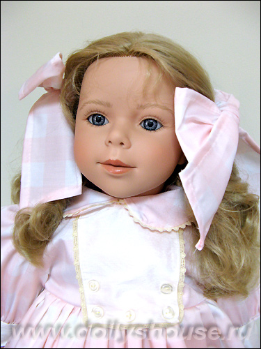 коллекционная кукла Carmen Gonzalez Кармен Гонсалес