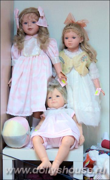 Куклы-дети магазин игрушек Новый Год