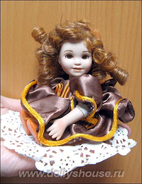 Купить фарфоровую куклу Мэри Осмонд маленькую